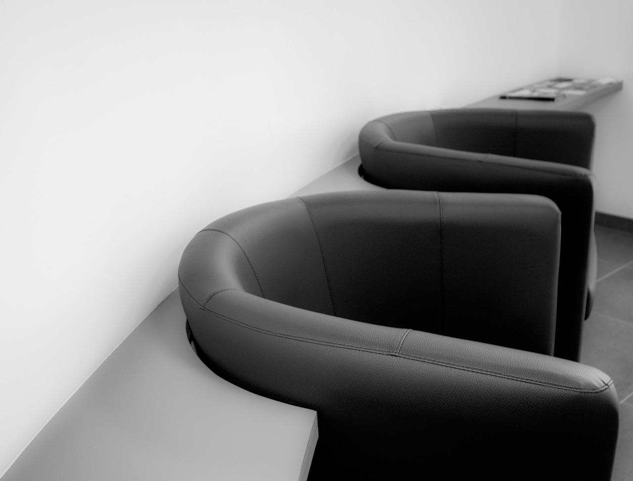 Jakie elementy powinien zawierać nowoczesny fotel?