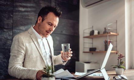 Dystrybutor wody w firmie – komfort i wygoda
