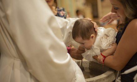 Sukienka na chrzciny z wyższej półki