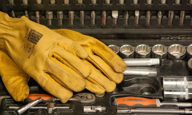 Jakie wybrać rękawice do pracy