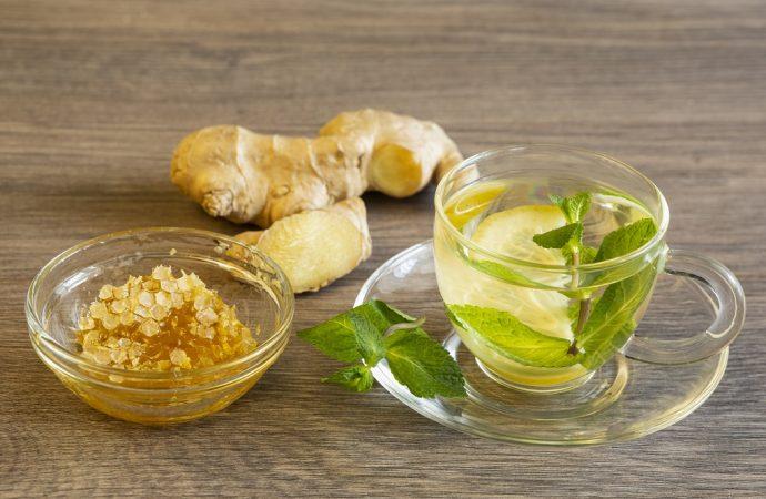 Dodatki do herbaty wzbogacające smak – jakie wybrać